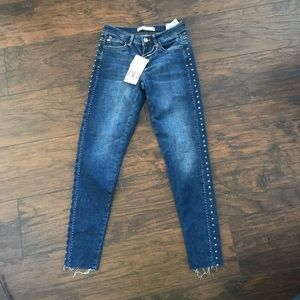 NWT Zara Mid Rise Skinny Jeans With Studs
